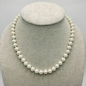 NWT Carolee Hand Knotted Pearl Necklace